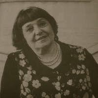 Denise Tolkowsky.